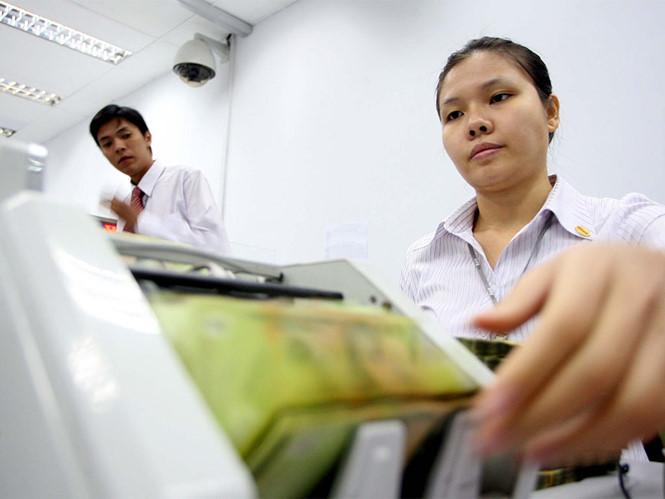 Ngân hàng Nhà nước 'siết' vốn vào các lĩnh vực rủi ro cao: bất động sản, tiêu dùng