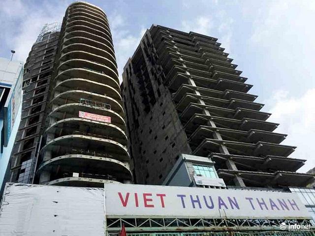 Tranh nhau đấu giá cao ốc 30 tầng xây dang dở